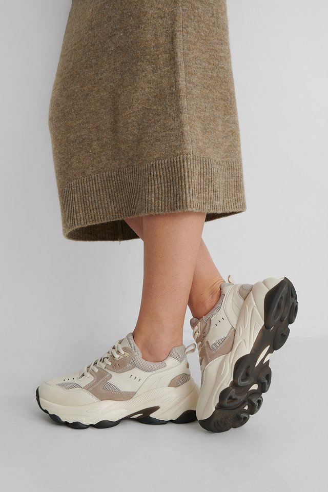 Beige Trainers With Sula