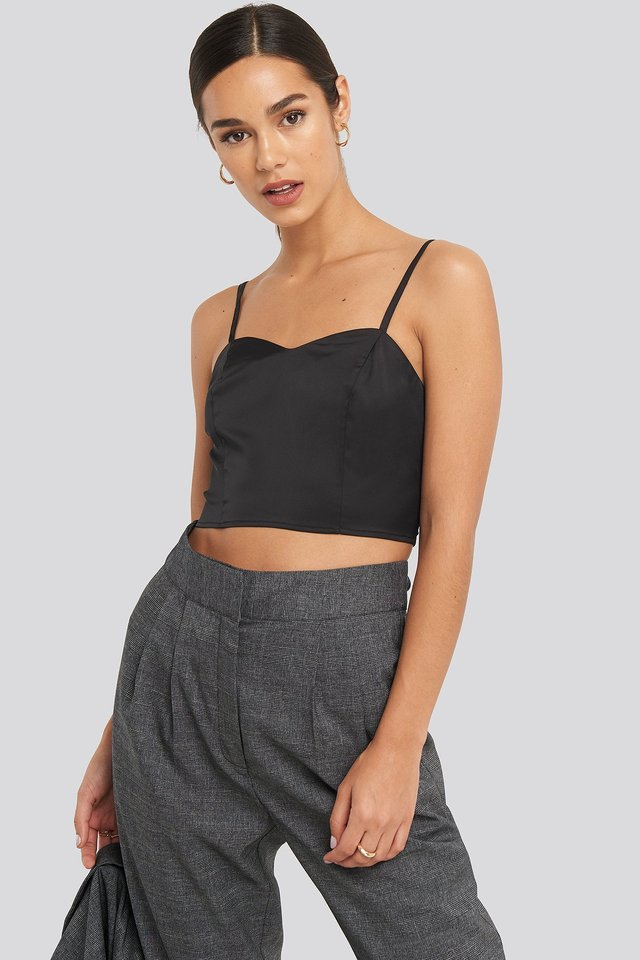 Bust Detail Cropped Top Black