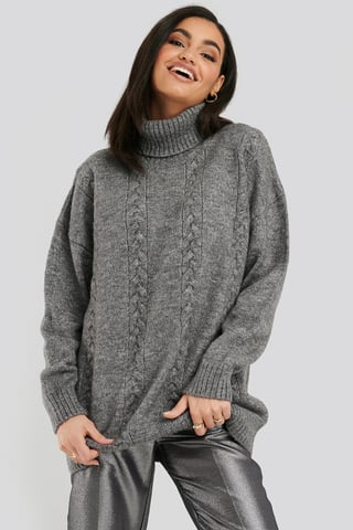 Black Cable Knitted Long Sweater