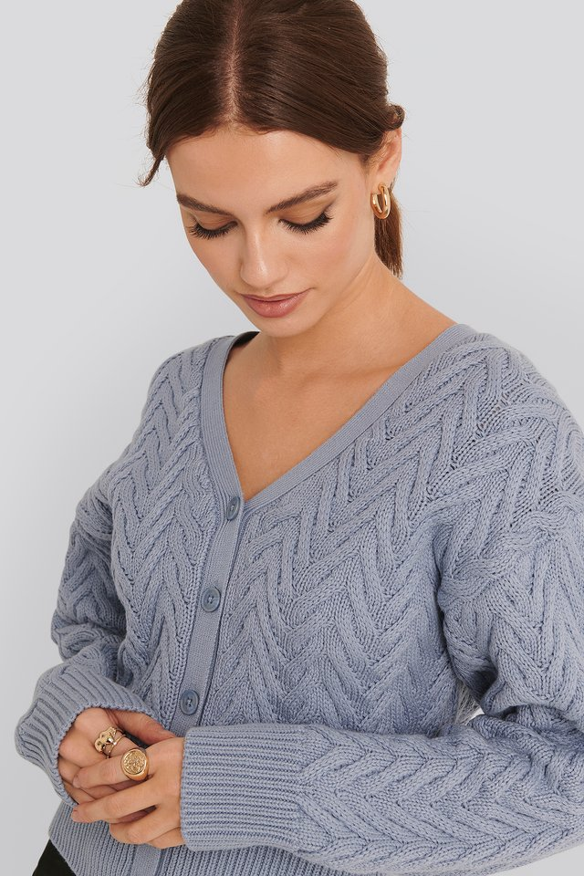 Cable Knitted Short Cardigan Blue