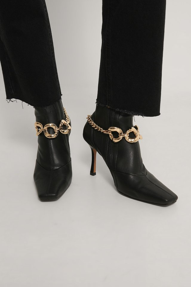 Gold Chain Detailed Boot Anklets