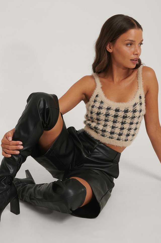 Black/Beige Checked Cropped Knitted Top