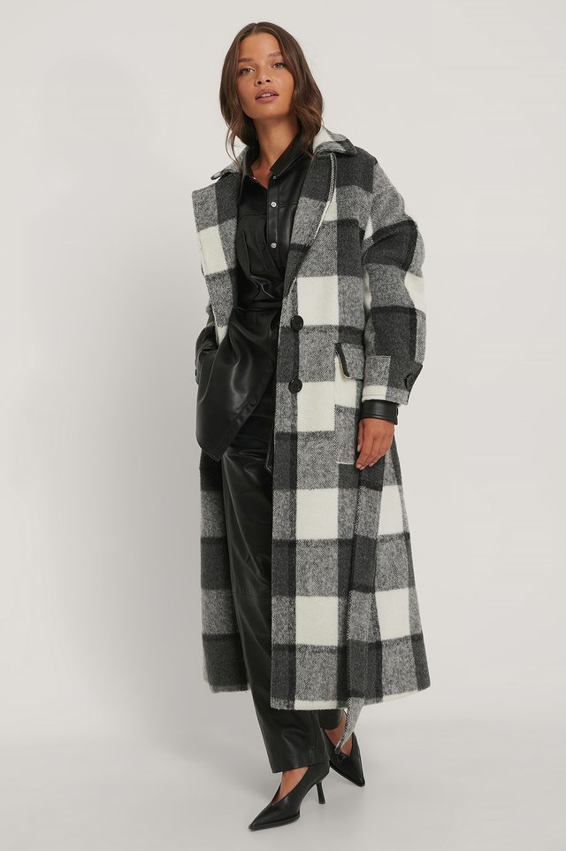Checked Oversized Belted Coat Checked
