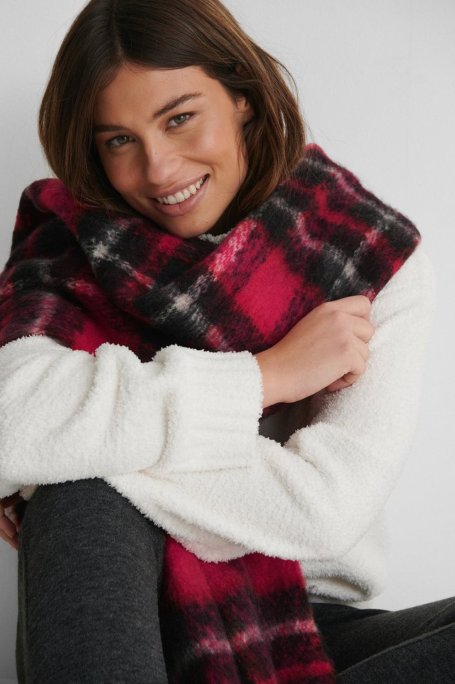 Chunky Checkered Scarf Red Combo
