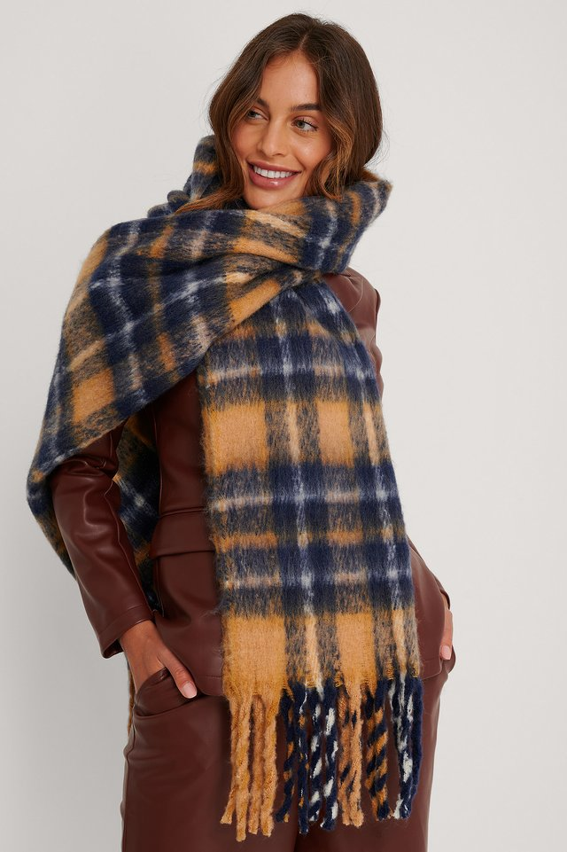 Chunky Checkered Scarf Beige Combo