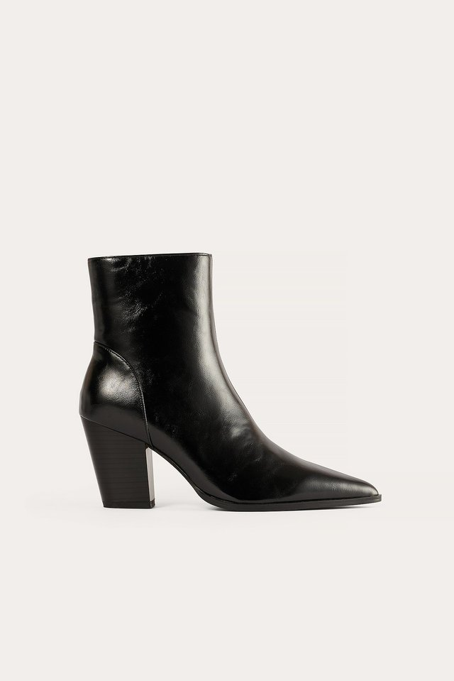 Black Chunky Western Heel Boots