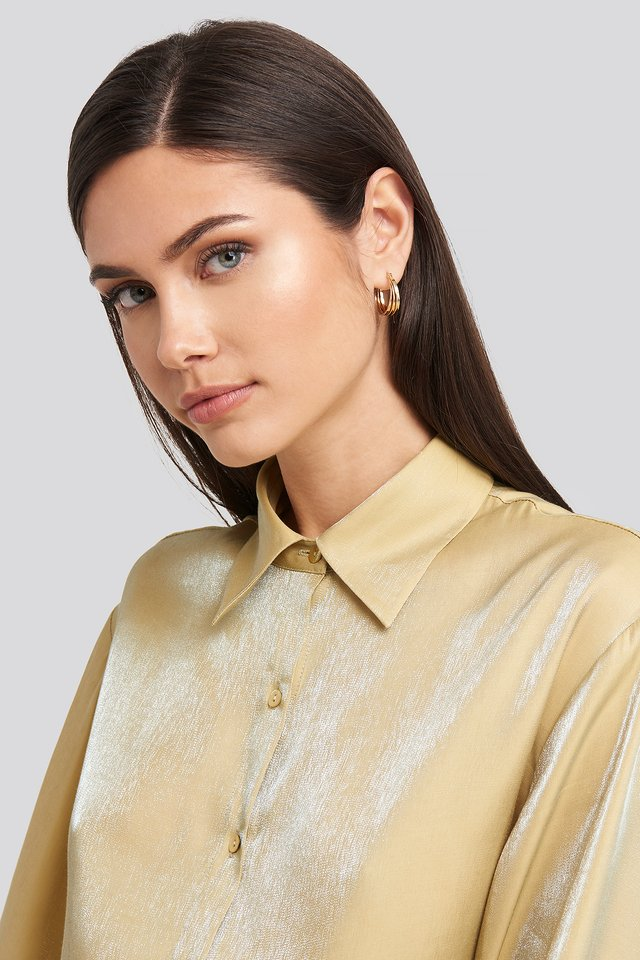 Close Layered Hoop Earrings Gold