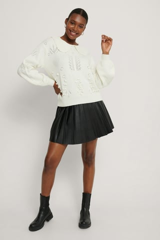 White Collar Detail Knitted Sweater