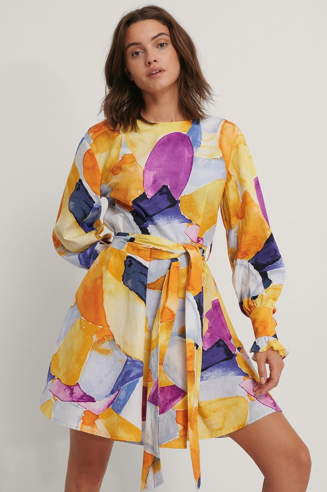 Kleid Mit Schnürung In Taille Print