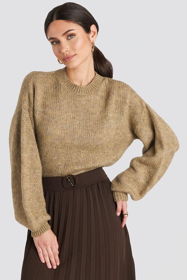 Crew Neck Volume Sleeve Knitted Sweater Beige