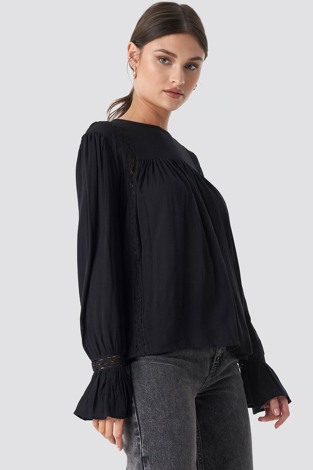 Crochet Detail Flowy Cotton Top Black
