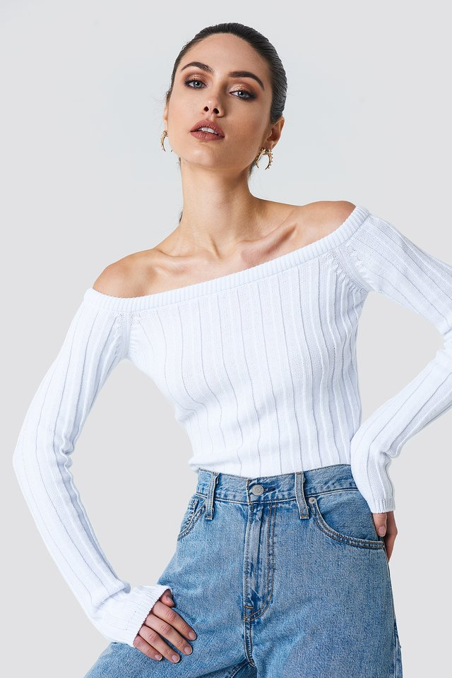 Cropped Off Shoulder Knitted Sweater Offwhite