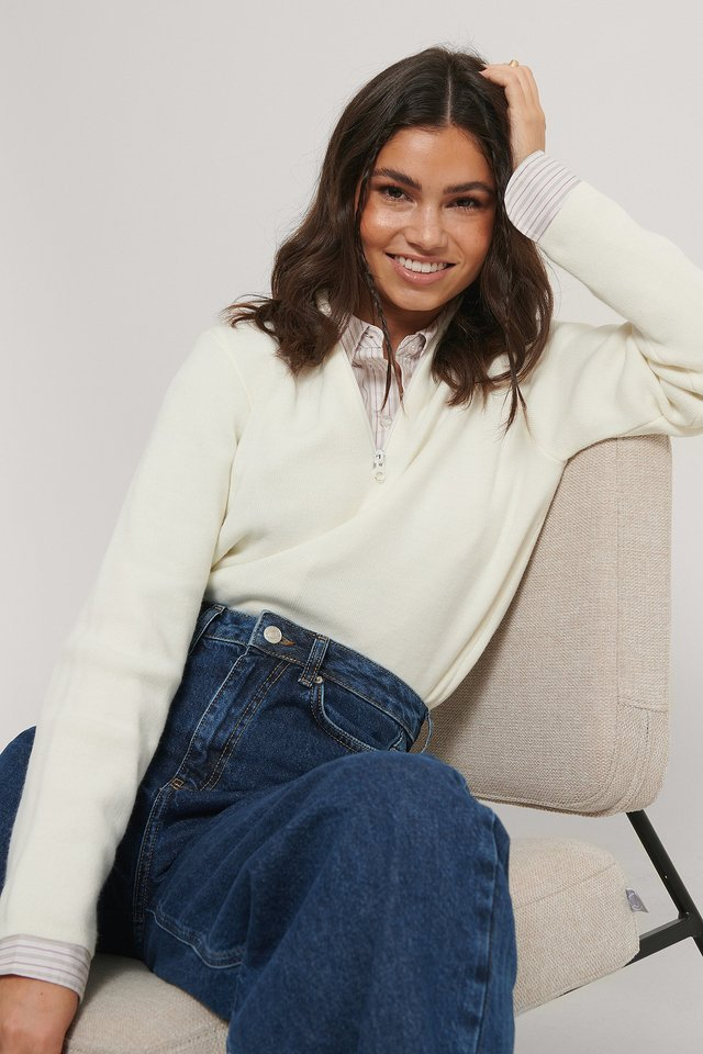 Cropped Zip Detail Knitted Sweater White