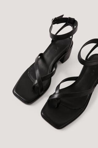 Black Sandaler Med Krydset Tårem Og Blokhæl