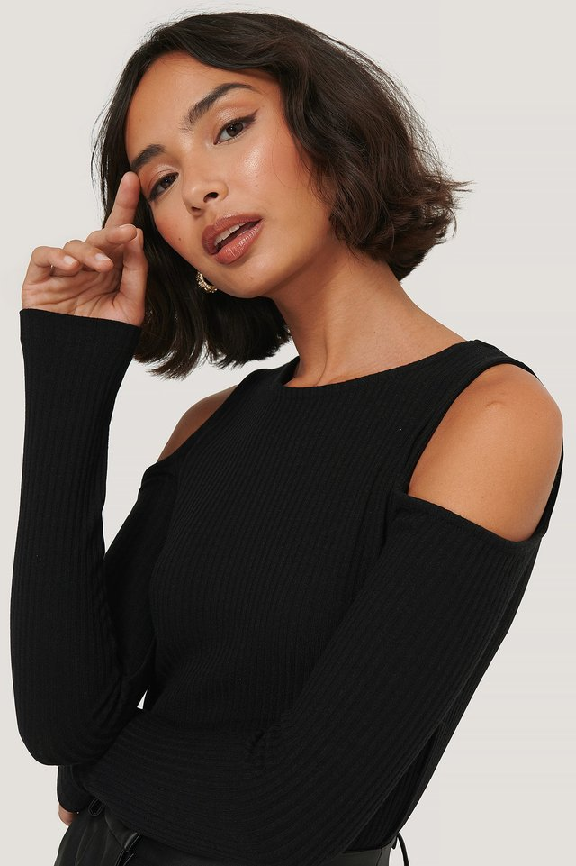 Cut Out Shoulder Top NA-KD Trend