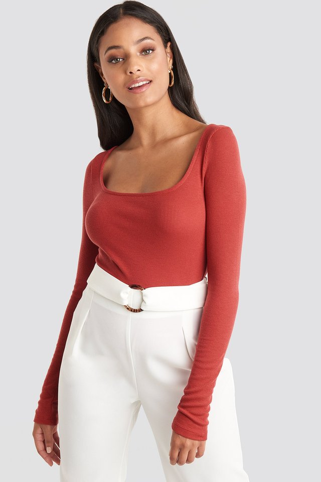 Deep Round Neck Ribbed Top Red