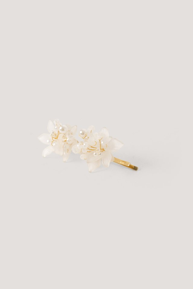 Delicate Flower Hairpin White