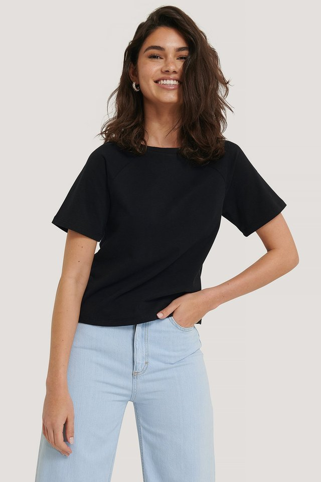 Black Detail Short Sleeve Top