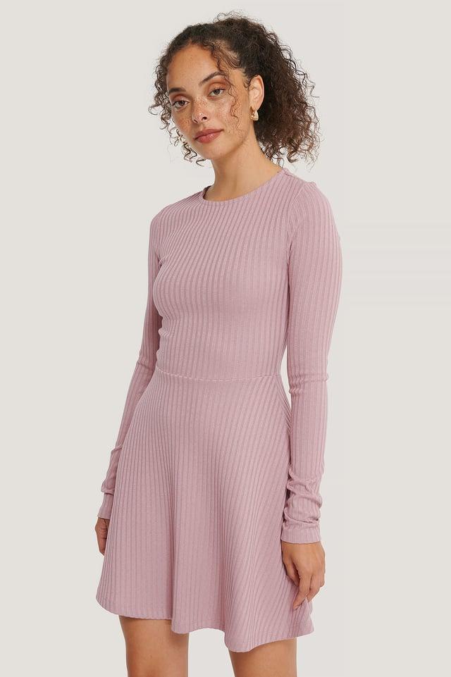 Dusty Dark Pink Ribbet Minikjole