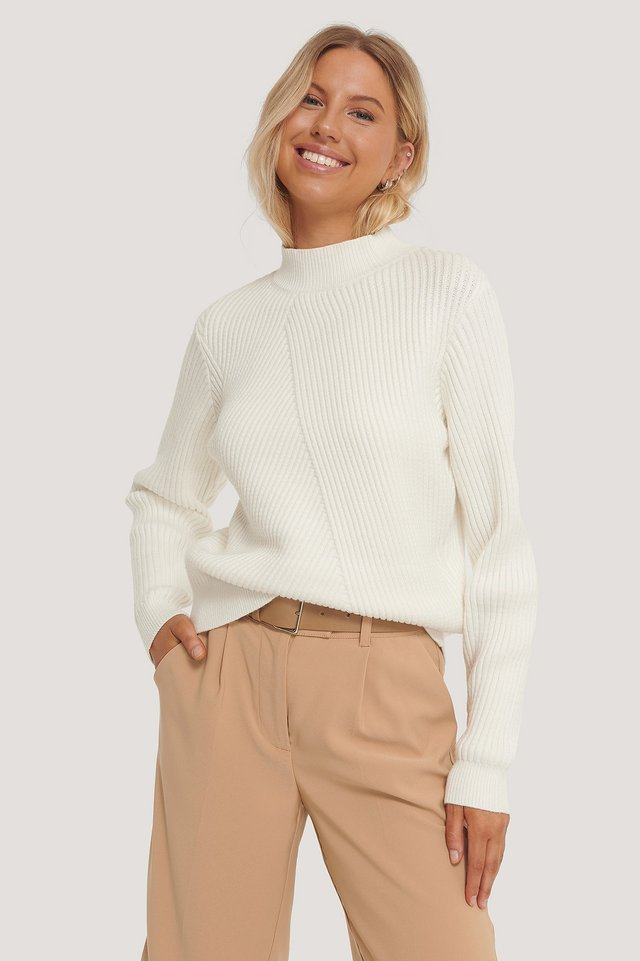 Diagonal Detail Knitted Sweater White