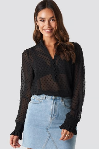 Black Dobby Flowy Buttoned Blouse