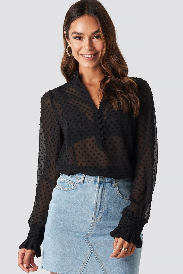 Dobby Flowy Buttoned Blouse Black