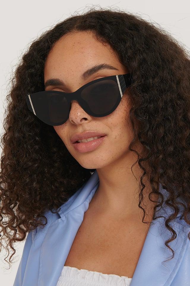 Black Edge Detailed Cateye Sunglasses