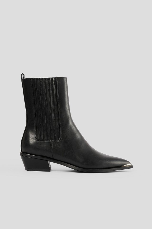 Black Edgy Western Chelseaboots
