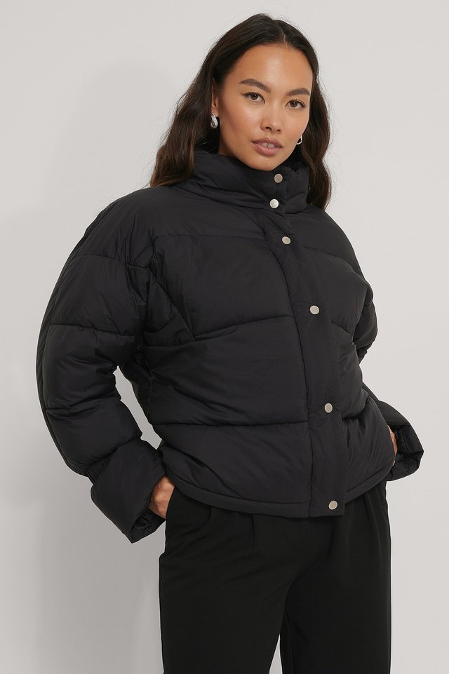 Elastic Detail Padded Jacket Black