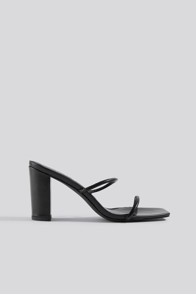 Elastic Strap Heels Black