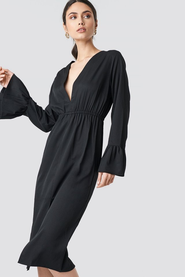 Elastic Waist Flute Sleeve Dress Black