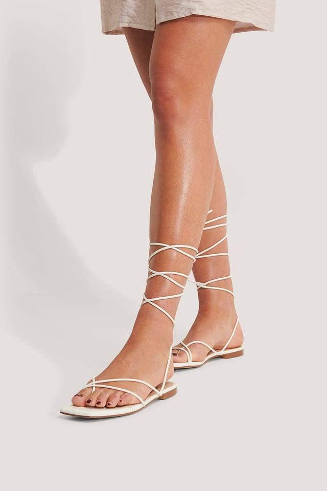 Sandaalit White