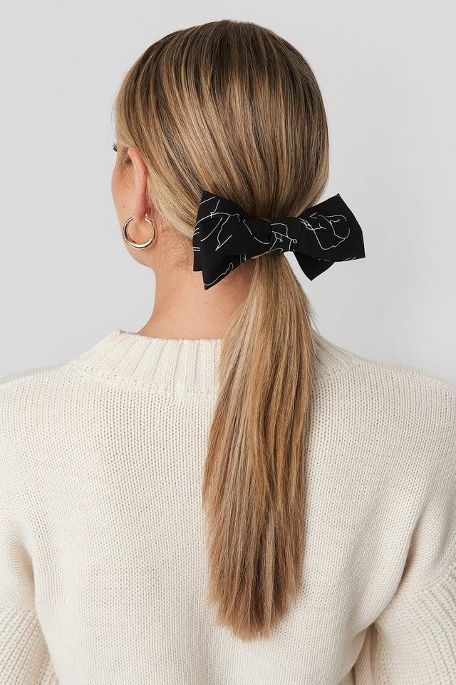 Black Floral Lines Hair Clip