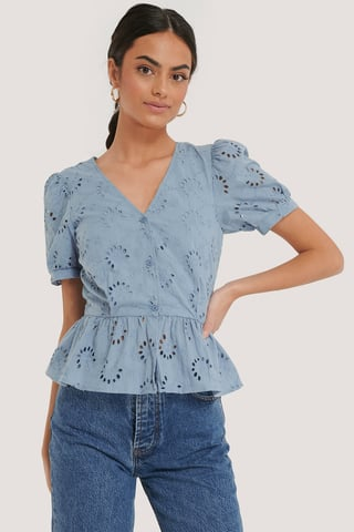 Dusty Blue Anglaisebluse Med Blomster