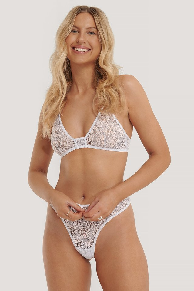 Lace Flower Structured V-String White