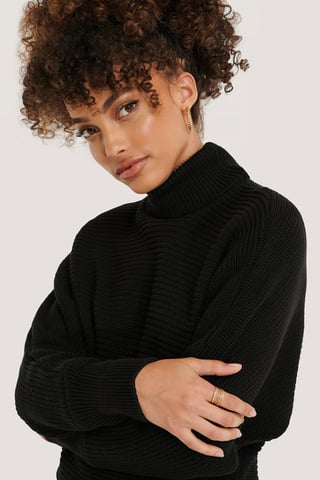 Black Folded Knitted Sweater