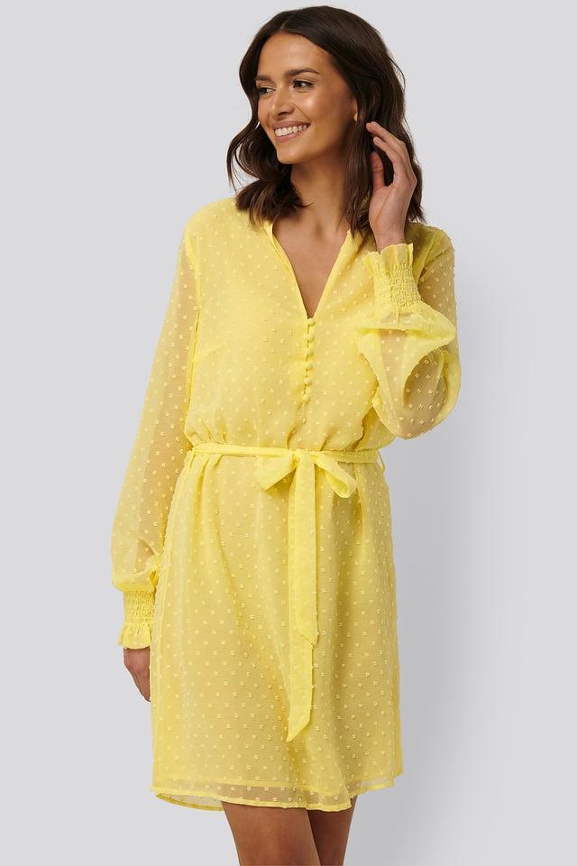 Kjole Med Rysjer Pale Yellow