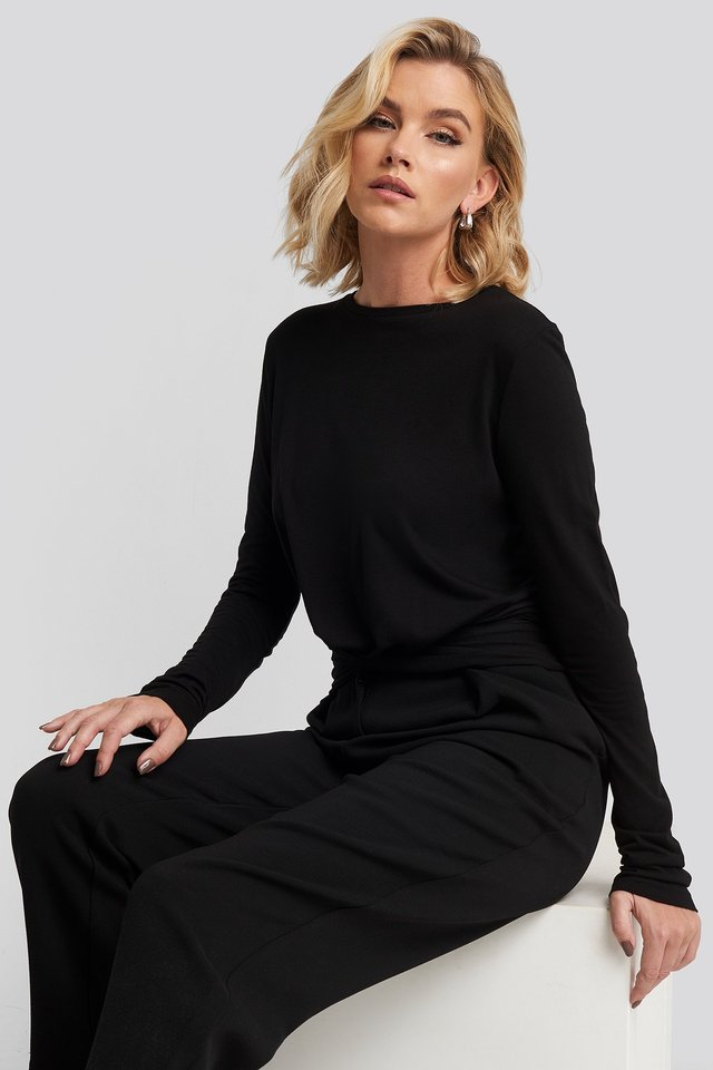 Front Knot Long Sleeve Top NA-KD