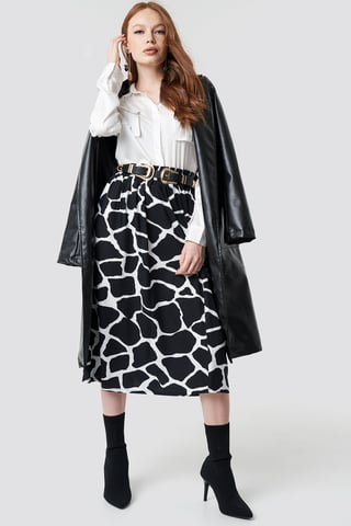 Black/White Giraffe Print Midi Skirt