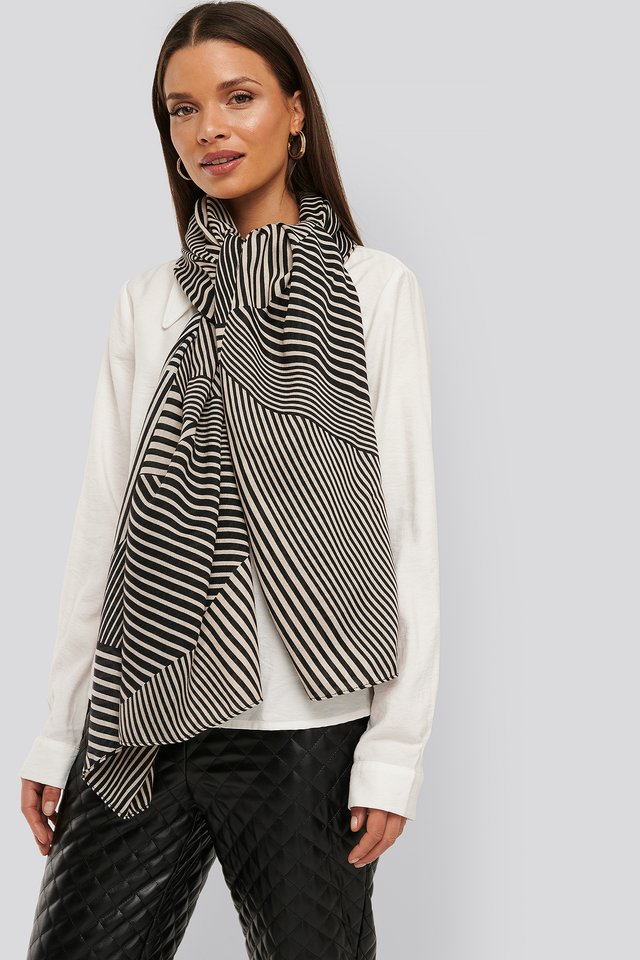 Black/Nude Graphic Patterned Big Woven Scarf