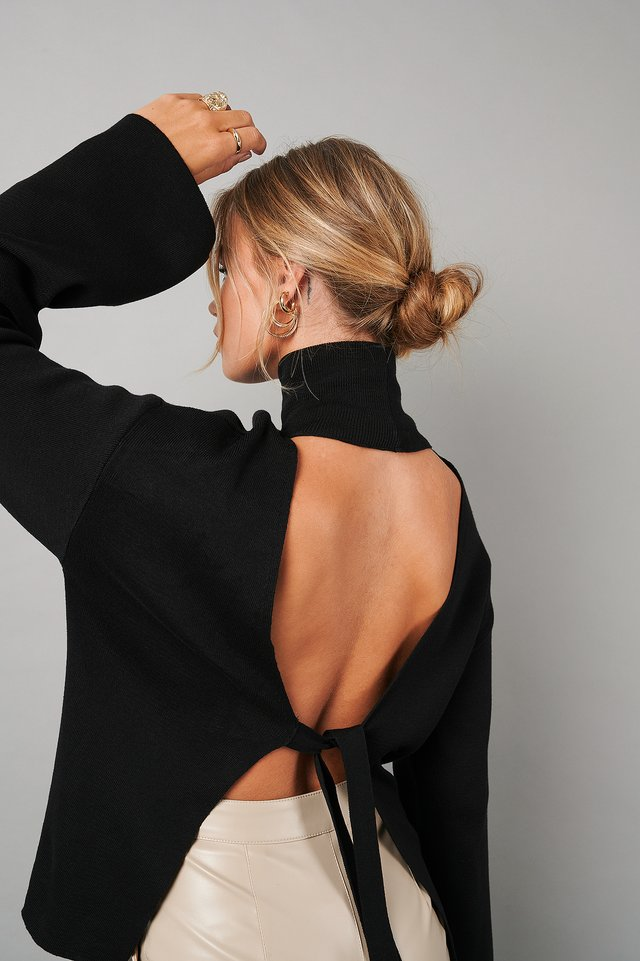 High Collar Open Back Knitted Sweater Black