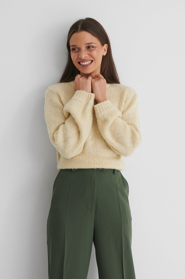 Heavy Knitted Boxy Sweater Beige