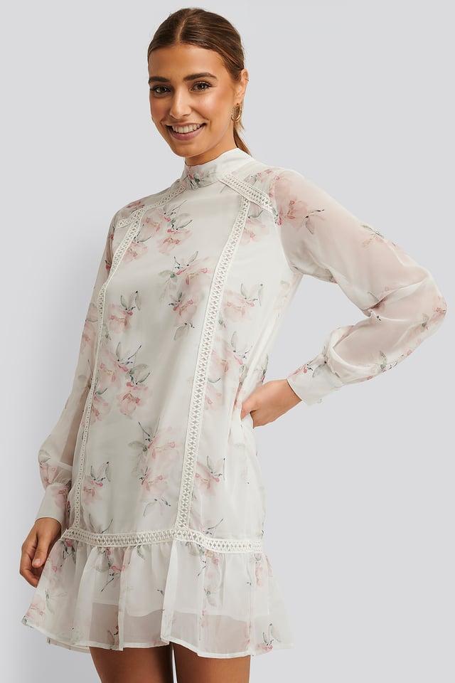 Light Flowers White High Neck Crochet Dress