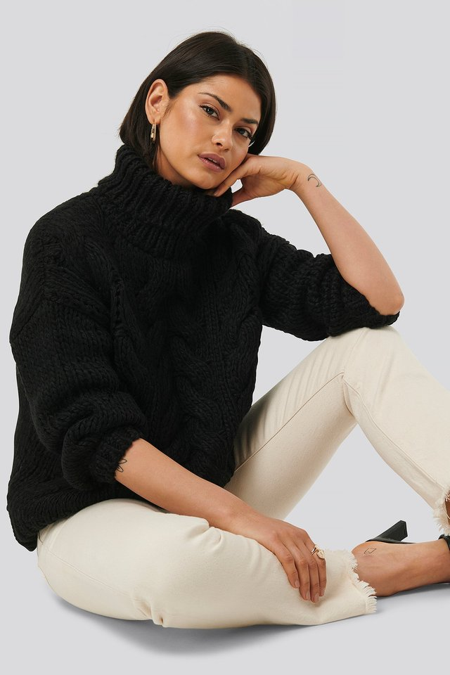 Wool Blend High Neck Heavy Cable Knitted Sweater Black