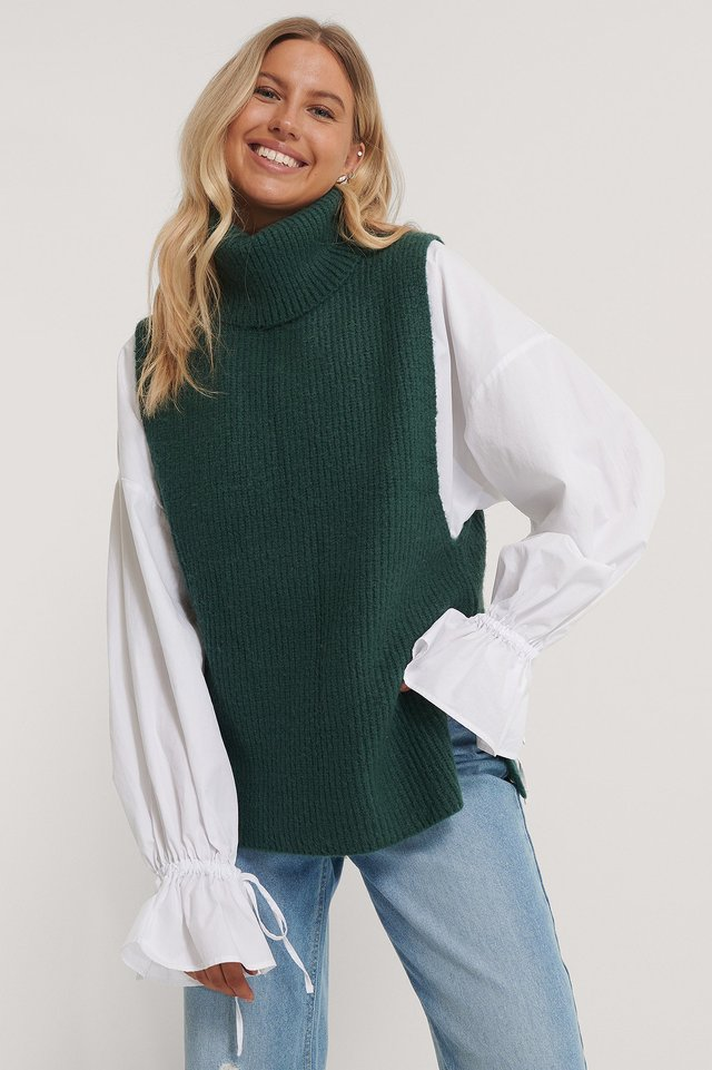 High Neck Knitted Vest Green