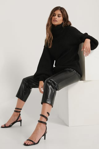 Black High Neck Long Knitted Sweater
