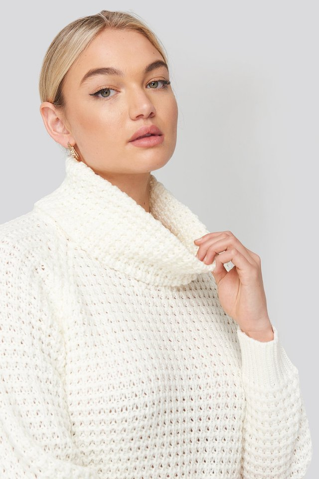 High Neck Pineapple Knitted Sweater Offwhite