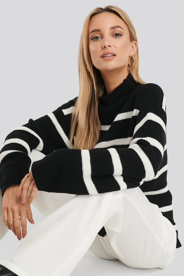 High Neck Striped Knitted Sweater Black/White Stripe
