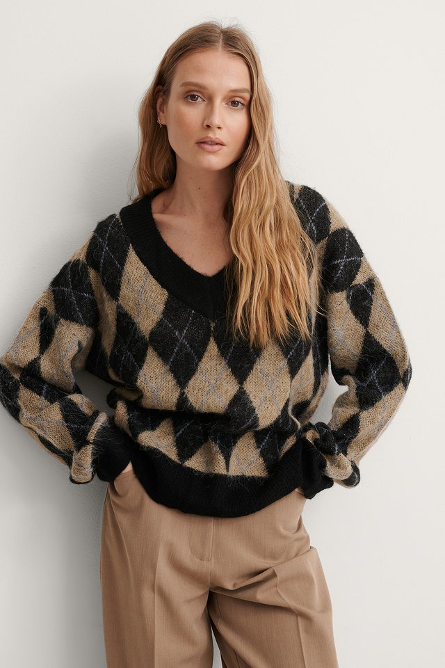 Checked Jacquard Knit V-neck Sweater