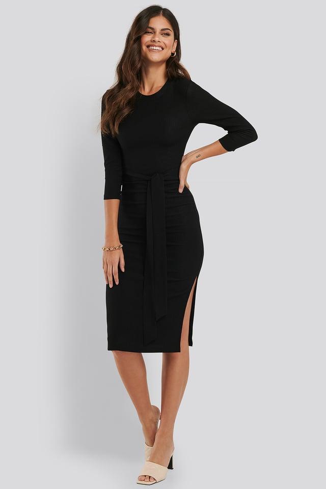 Sukienka Midi Z Wiązaniem I Wyraźną Teksturą Black